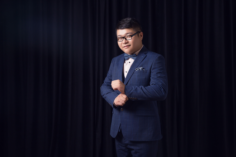 设计部总监刘俊
