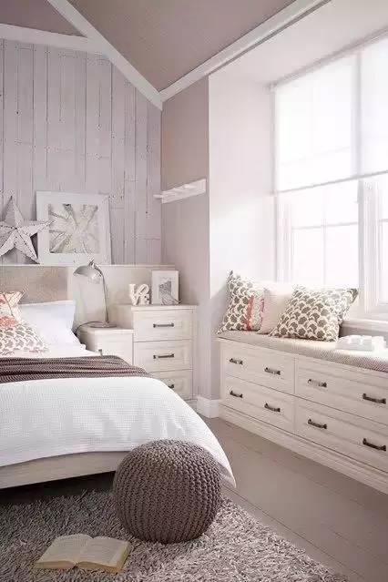 家装柜子是请木工打柜子好还是全屋定制柜子好,哪种更划算